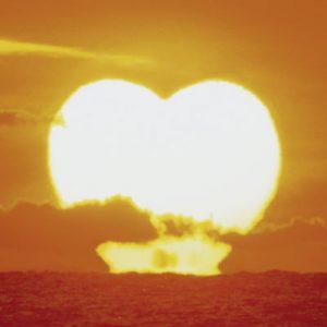 サザンオールスターズ「LOVE AFFAIR 〜秘密のデート」収録アルバムのジャケ写